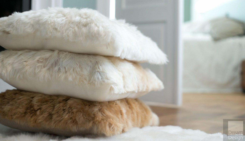 Alpaka Fur Yaku Cushions