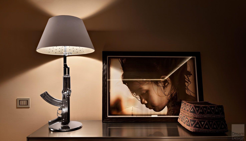 Flos Guns table lamp