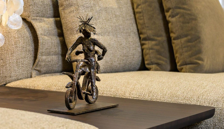 Gardeco Carefree Bronze Figurine
