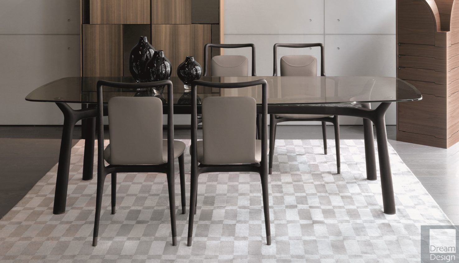 Giorgetti Memos dining table