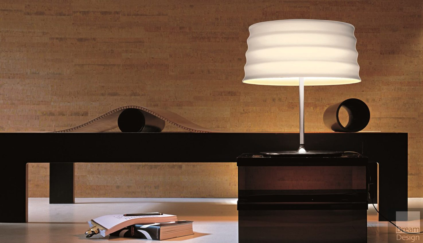 Penta C'HI Table Lamp