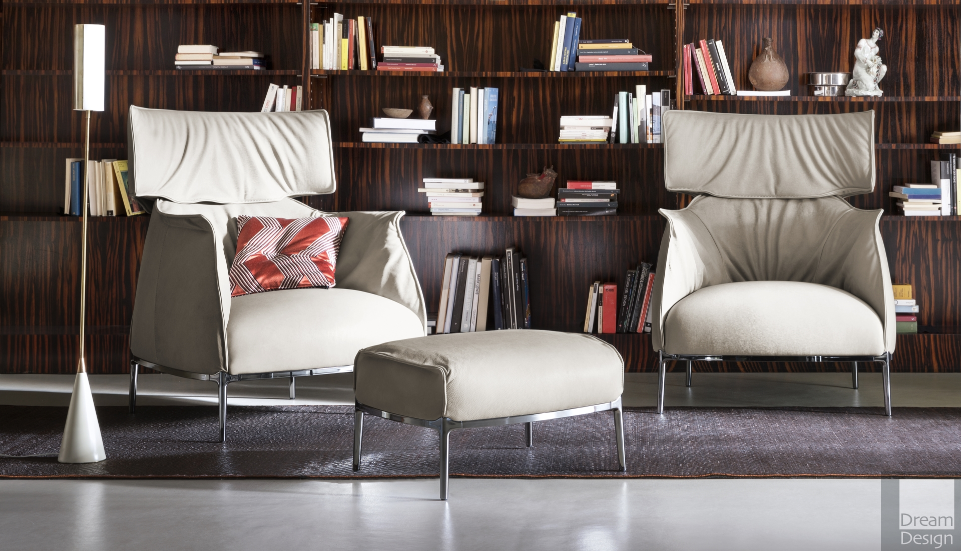 Poltrona Frau Design Bank.Poltrona Frau Archibald King Armchair Everything But Ordinary