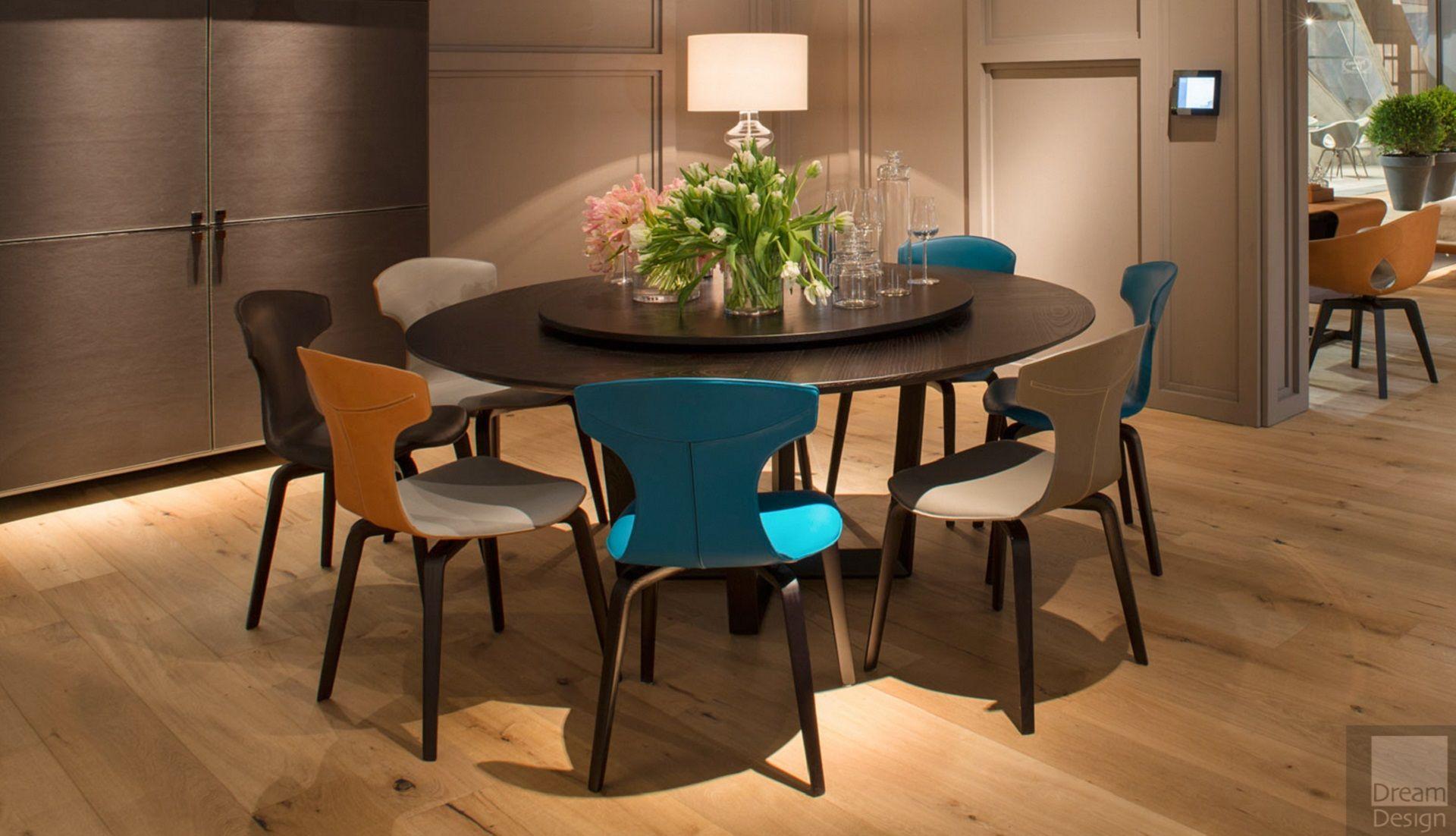 Poltrona frau montera chair everything but ordinary for Poltrona frau
