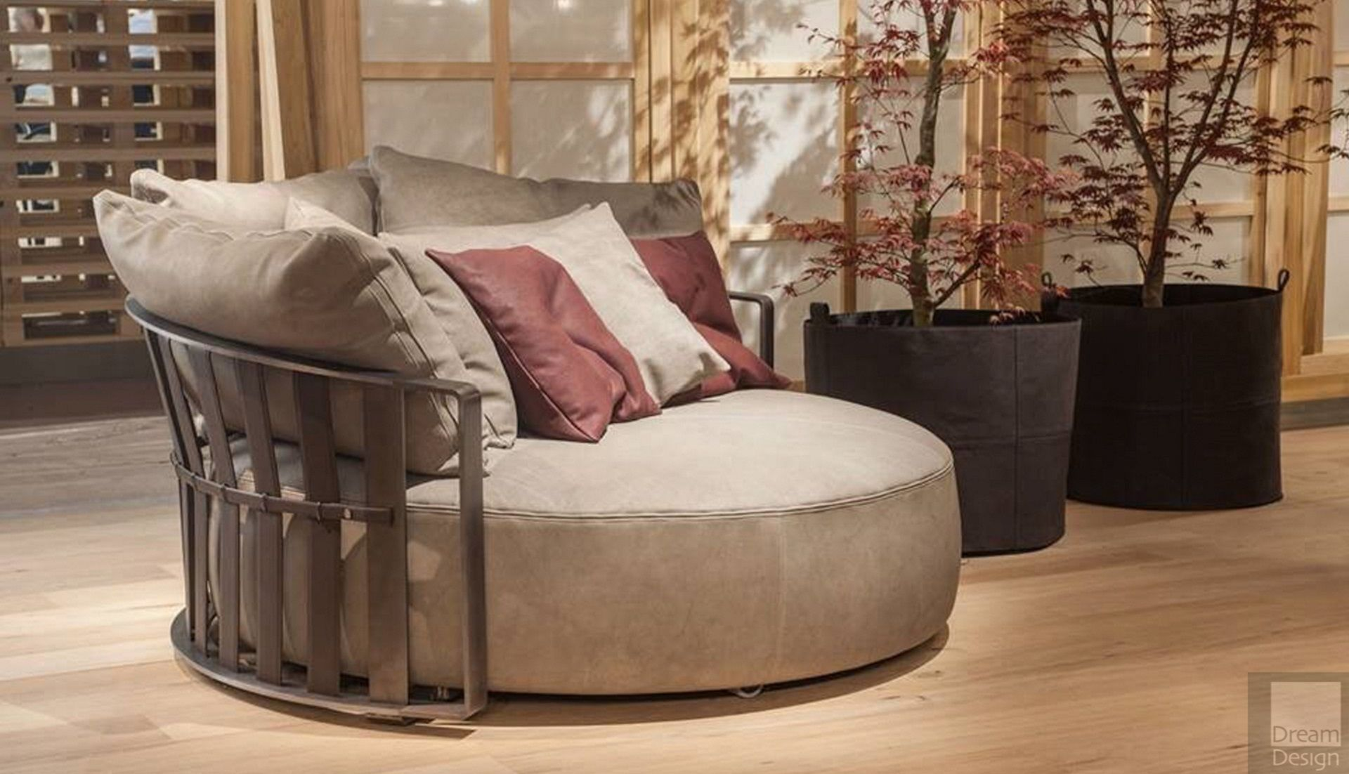 Chaise Longue - Everything But Ordinary
