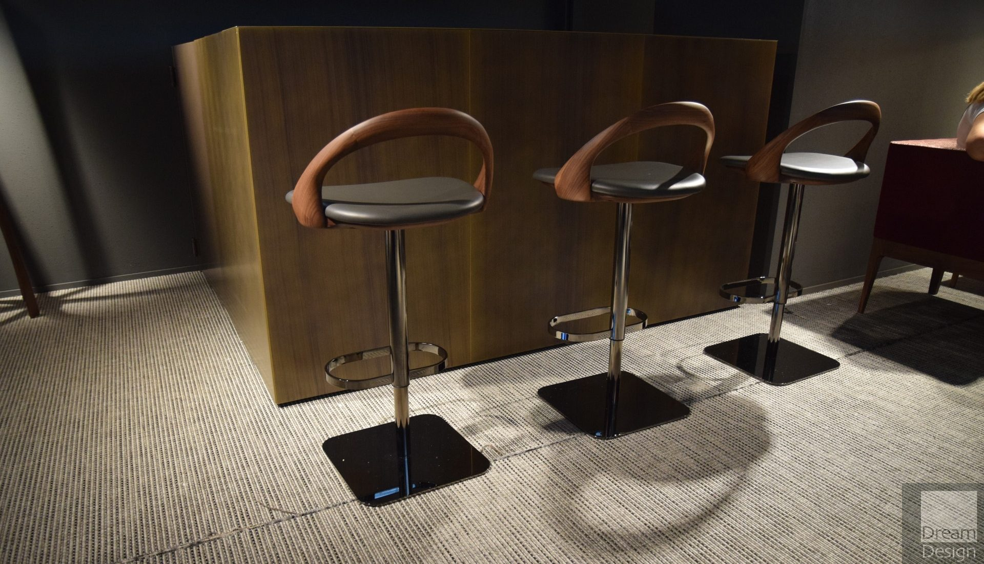 Porada Ester bar stool