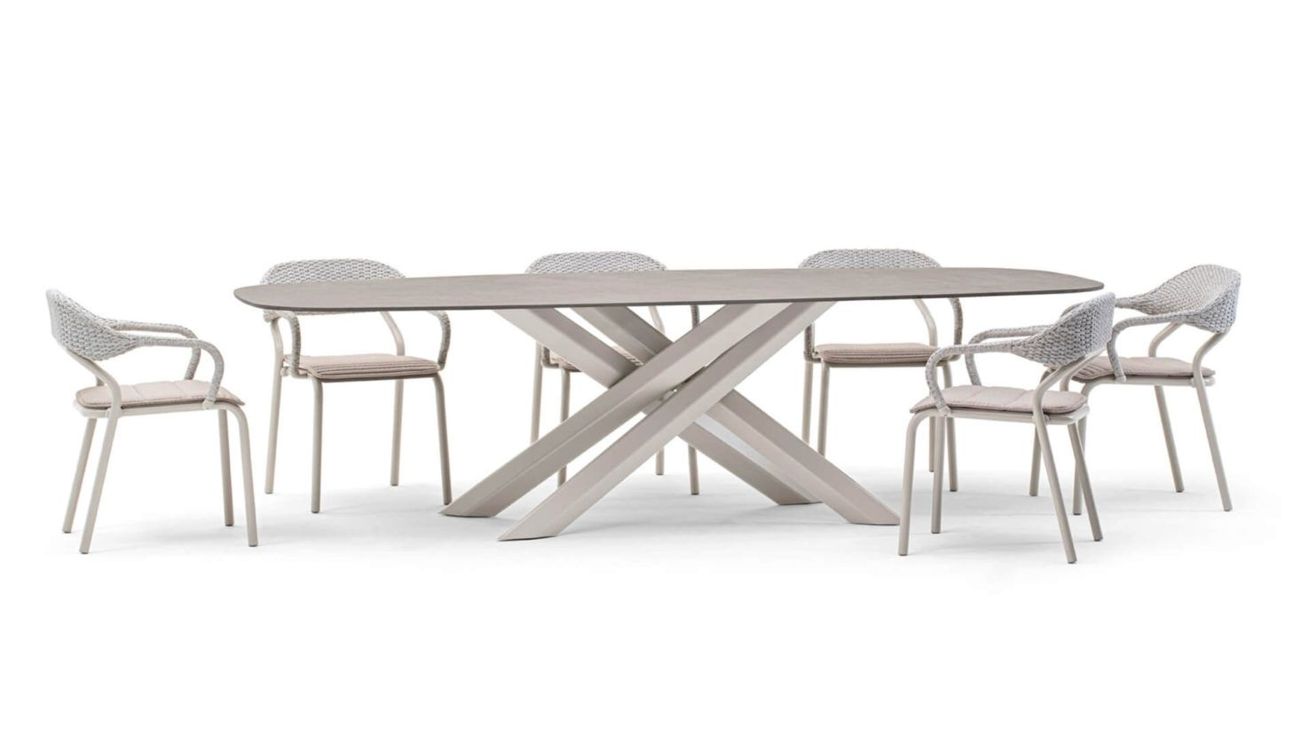 System Star Outdoor Table